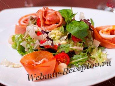 Салат из копченого мяса