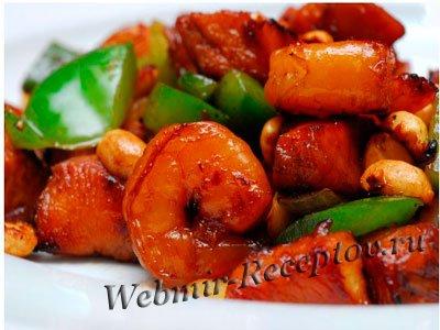 Курица с жареным арахисом