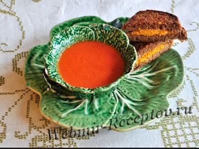 Суп с сырными бутербродами