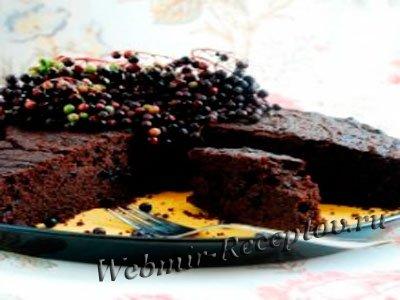 Торт с гречневой мукой и бузиной
