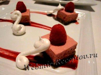 Мусс из манки с ягодами