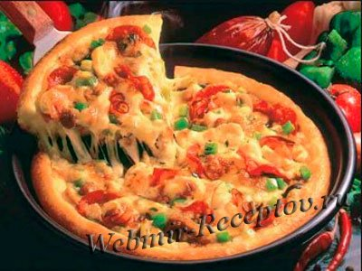 Пицца с курицей и сыром