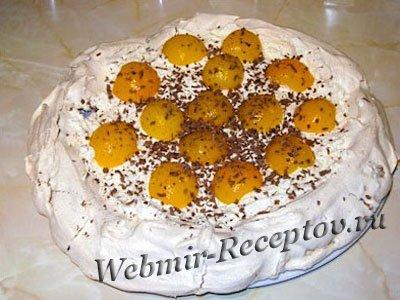Торт-безе с абрикосами