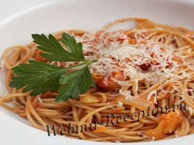 Спагетти в яблочном соусе