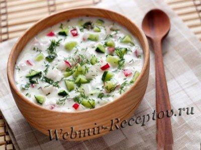 Холодный суп со щавелем на кефире