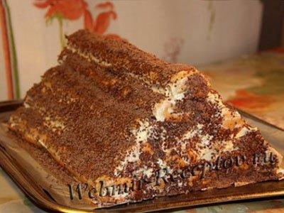 Песочный торт с вишневым вареньем