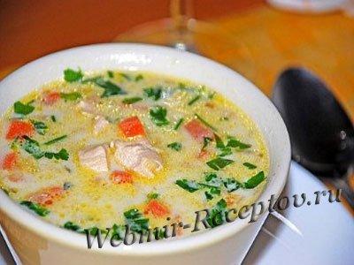 Зеленый суп с курицей