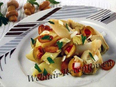 Салат из овощей с грибами
