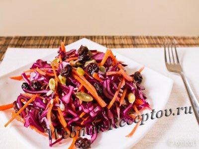 Овощной салат с изюмом