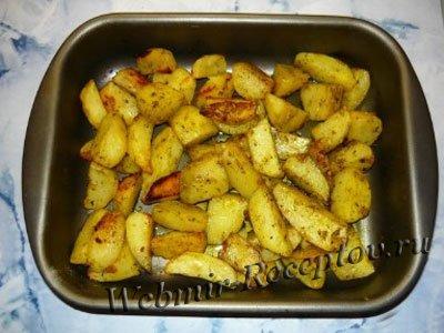 Картофель, запеченный с дрожжами