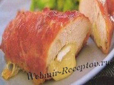 Курица, фаршированная сыром бри
