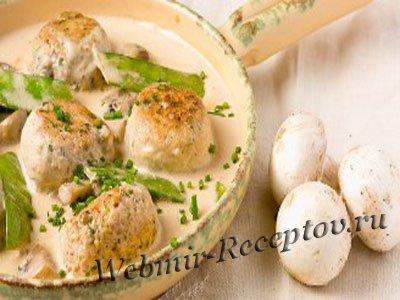 Куриные фрикадельки с грибами